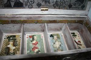Box: Spielkarten offen_2